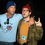 Chad Smith & John Frusciante wearing woolly hats