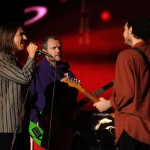 RHCP: Josh Klinghoffer, Anthony Kiedis & Flea perform at Neil Young concert