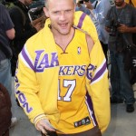 flea-rhcp-lakers-game-off-the-shoulder