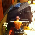 flea playing piano new RHCP album tweet photo 2011