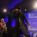 help-for-haiti-Red-hot-chili-peppers-5